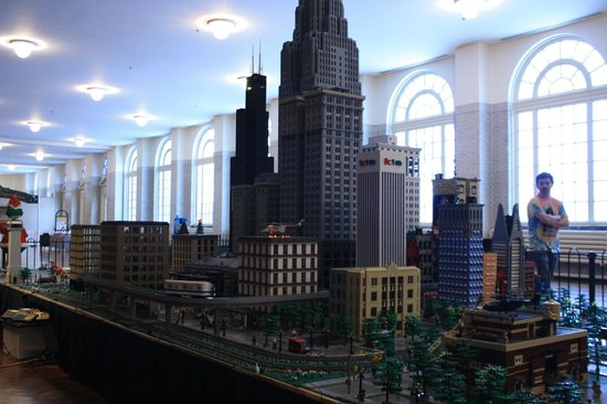 Henry-Ford-Museum: Massive Lego city!