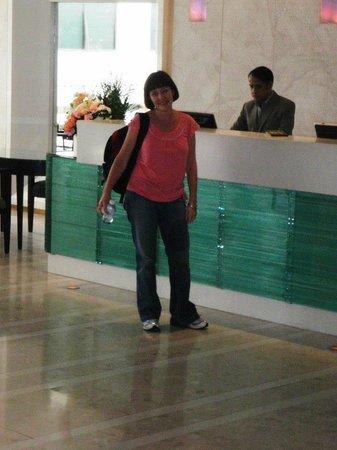 BelAire Bangkok: Reception
