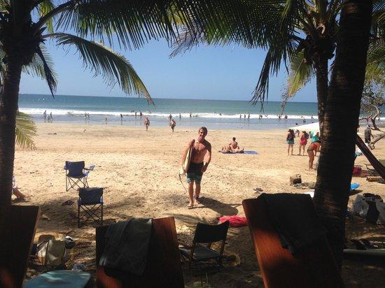 Lola's: Beach
