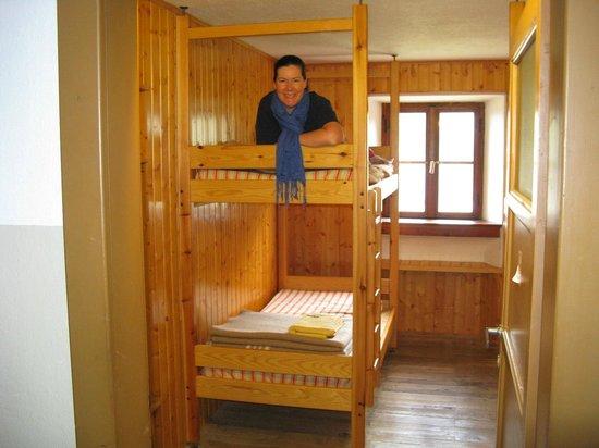 Refuge Laghi Gemelli : Example of a room