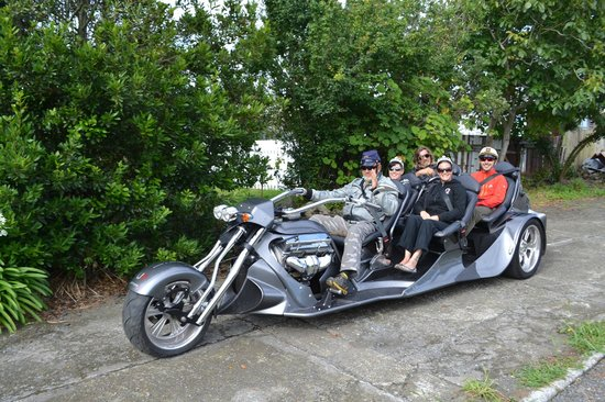 Supertrike Tours and Hire : A surprise house pick-up for guests visiting from the UK