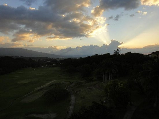 Costa Rica Marriott Hotel San Jose: View of Sunset from Our Room