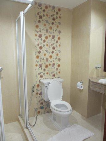 Baan Klang Hua Hin Condo & Resort: トイレ