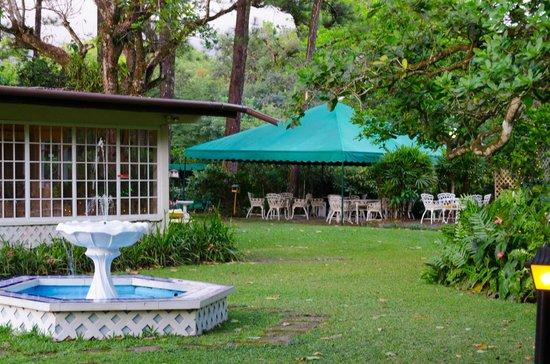 Park Eden Bed & Beakfast: Eating area