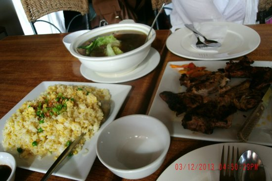 Gerry's Grill : Crab Fried Rice and BBQ Chicken