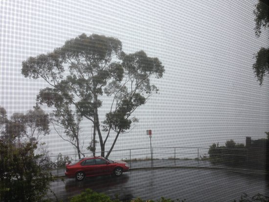 Lilianfels Resort & Spa - Blue Mountains: Valley View room. With fog.