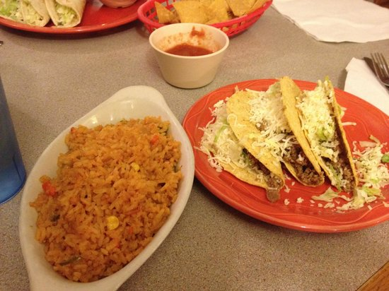 El Ranchito Mexican Restaurant : Taco Wednesday