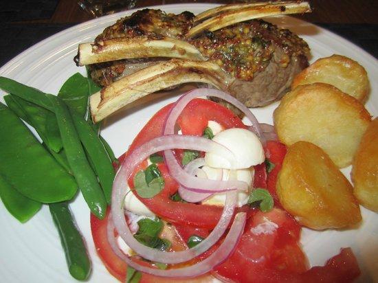 Seascape Lodge on Emu Bay: Lamb rack, Caprese salad, roast potatoes, veggies  - delicious
