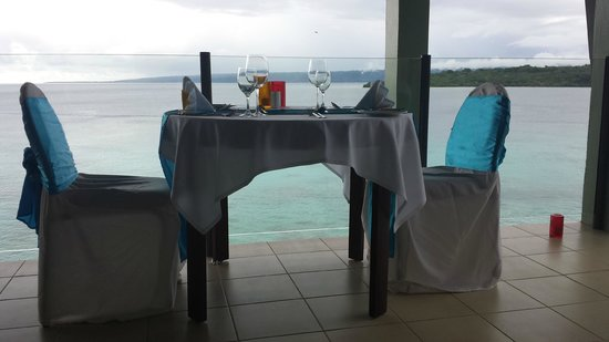 Iririki Island Resort & Spa: 2ns night dining - view