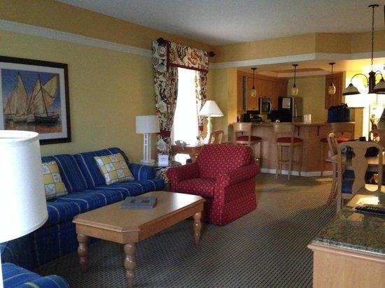 Marriott's Cypress Harbour Villas: living room