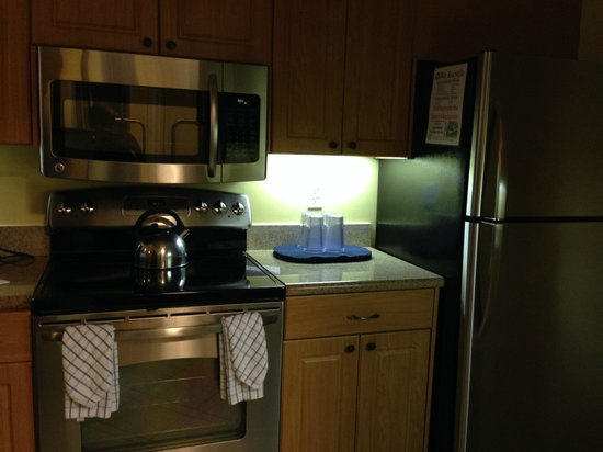 Marriott's Cypress Harbour: kitchen facilities