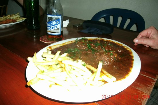 MAMA's Bar, Restaurant, and Chillout Lounge: Goulash