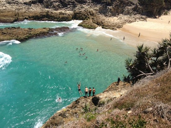how to go to stradbroke island from brisbane