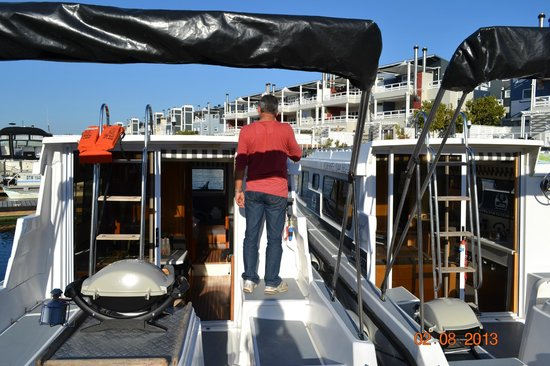 كنيسنا, جنوب أفريقيا: Boarding and getting familiar with all functionalities on board