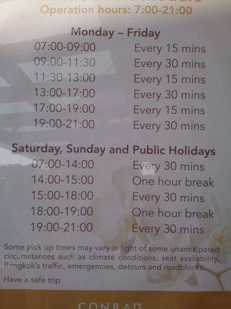 Conrad Bangkok Hotel: シャトルバスの時刻表。ロビーで待っていると呼びにきてくれます。