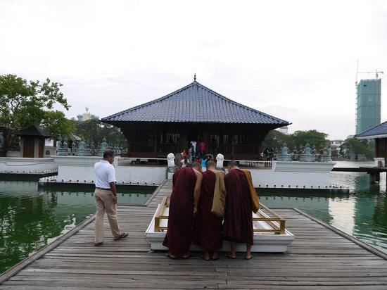 Seema Malaka Temple
