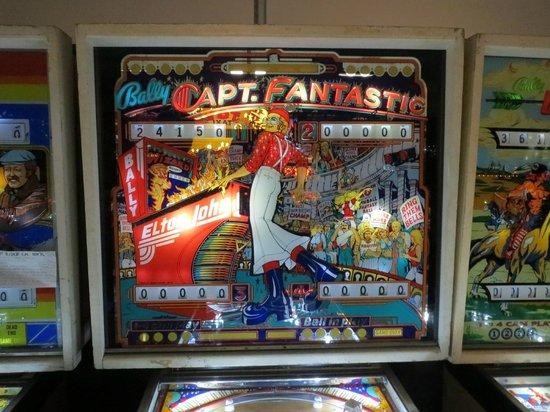Pinball Hall of Fame : I had no idea Elton John had a game. . .