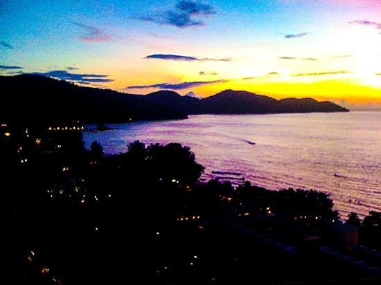 Holiday Inn Resort Penang : sunsets from holiday inn are sublime! march'13AnnH