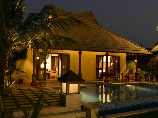 The Zuri Kumarakom: Presidential Pool Villa
