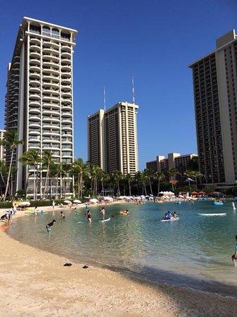 Hilton Grand Vacations at Hilton Hawaiian Village : lagoon