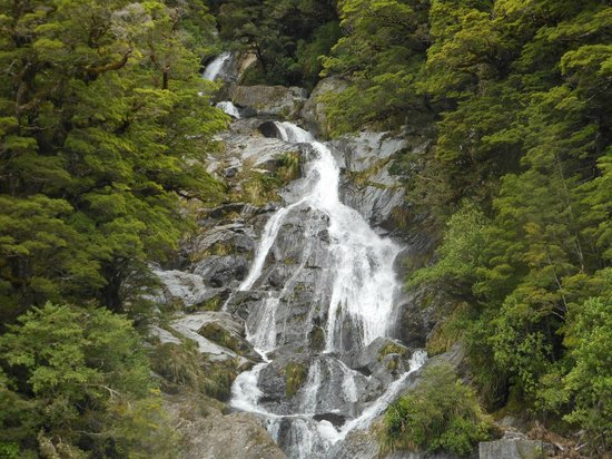 Paradise Motorcycle Day Tours: Water Falls