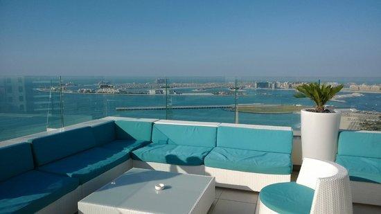 Hilton Dubai The Walk: Sky Lounge Bar 35th floor
