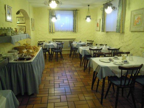 Hotel Garni Nuernberger Trichter : Frühstückraum