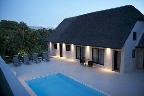 Cape Vermeer: Pool area / patio
