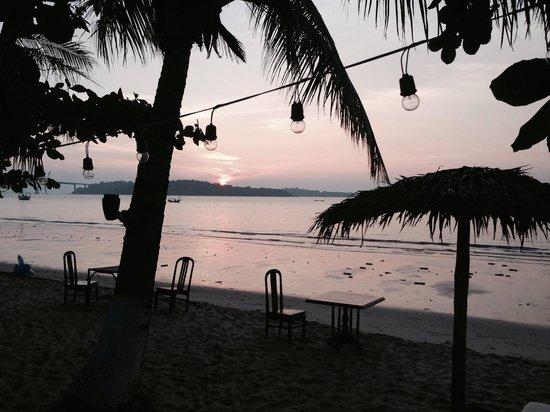 Queenco Hotel & Casino : Sunset at queenco terrace