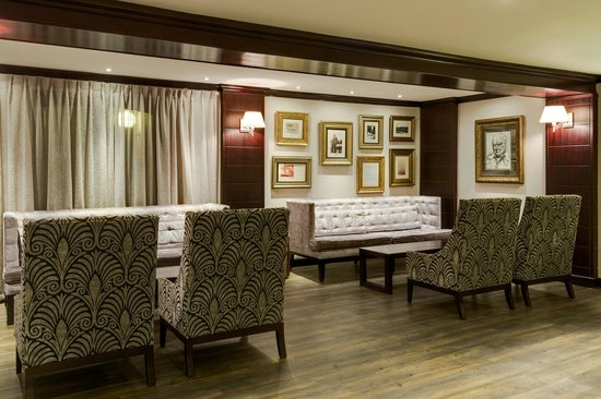 Protea Hotel by Marriott Witbank: Barristers Bar