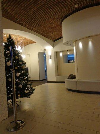 Pure White: Hotel Lobby