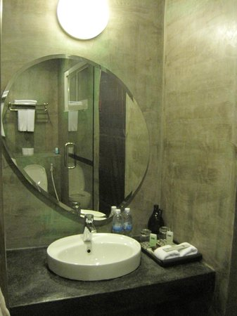 MEN's Resort & Spa - Gay Hotel: Bathroom room 9