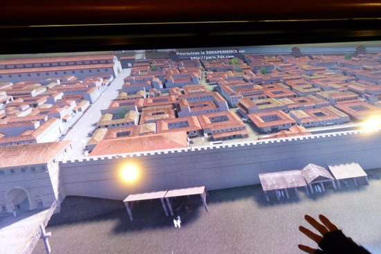 Archeological Crypt of the Parvis of Notre-Dame: Crypte Archeologique - virtual city layout