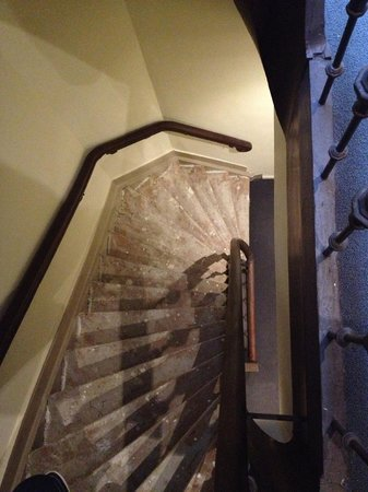City Hotel Amsterdam: Steep stairs