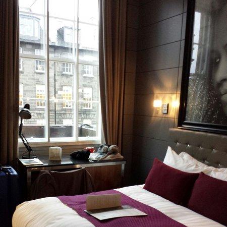 Angels Share Hotel: The Emeli Sande room.