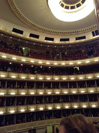 State Opera House: Inside