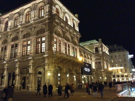 State Opera House: State opera of Vienna