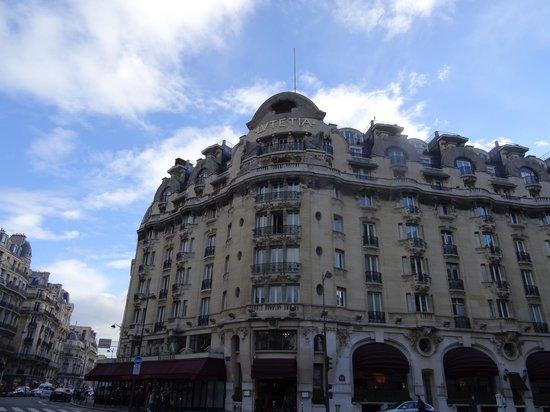 Hotel Lutetia: The facade
