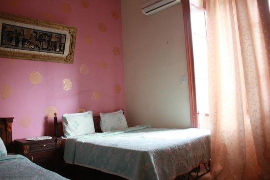 Hola Cairo Hostel: Double Room, Private Bathroom, A/C