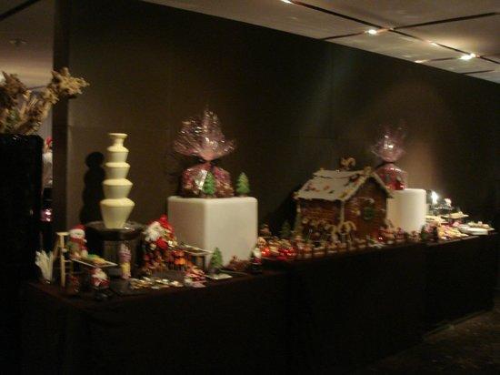 Melia Dubai Hotel : dessert bien dressé