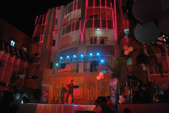 Hotel Gajapati: Hotel a part
