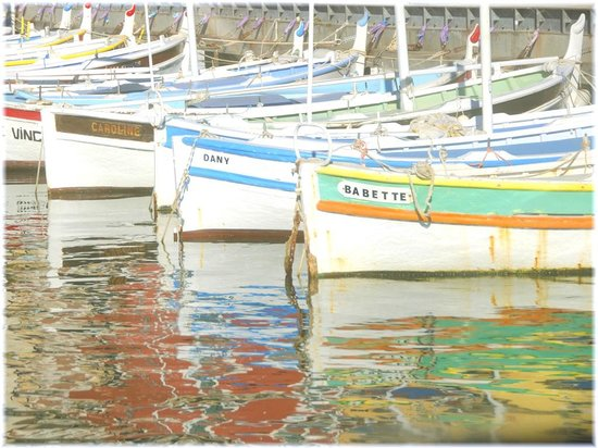 France Prestige Tours Private Day Tours : Boats and Reflections