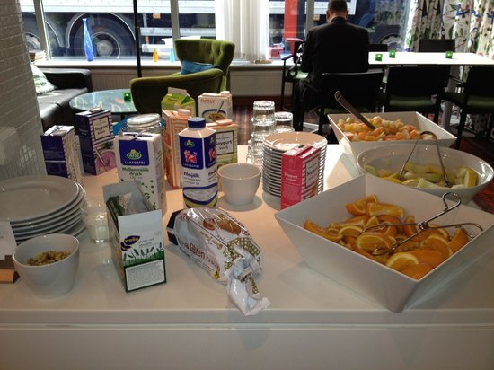 Scandic Norra Bantorget: breakfast