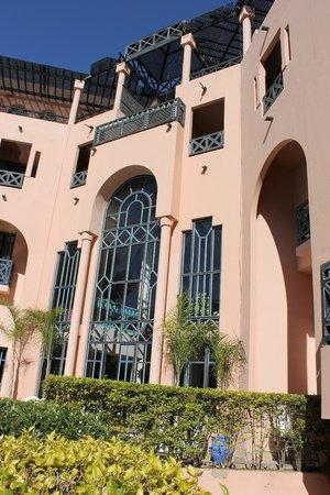 Hotel Marrakech le Tichka: Hotellet från innergården