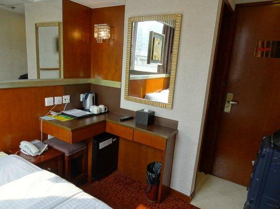 Oriental Lander Hotel: Double Bed room