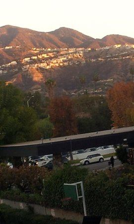 Days Inn Glendale Los Angeles: Вид с номера