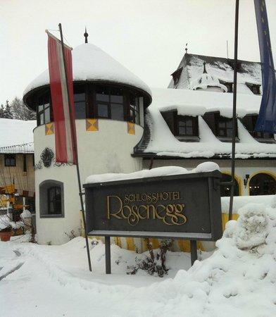 MIRA Hotel Schloss Rosenegg: Außenbereich