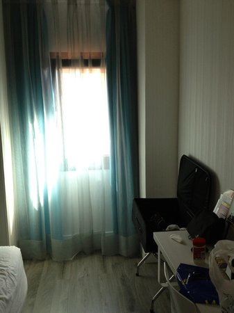 Ibis Styles Madrid Prado: comfort room
