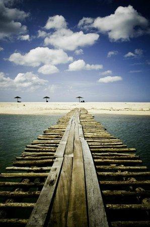 Hotspring Beach Resort & Spa: пляж