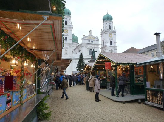 Hotel Koenig: Christmas Market
